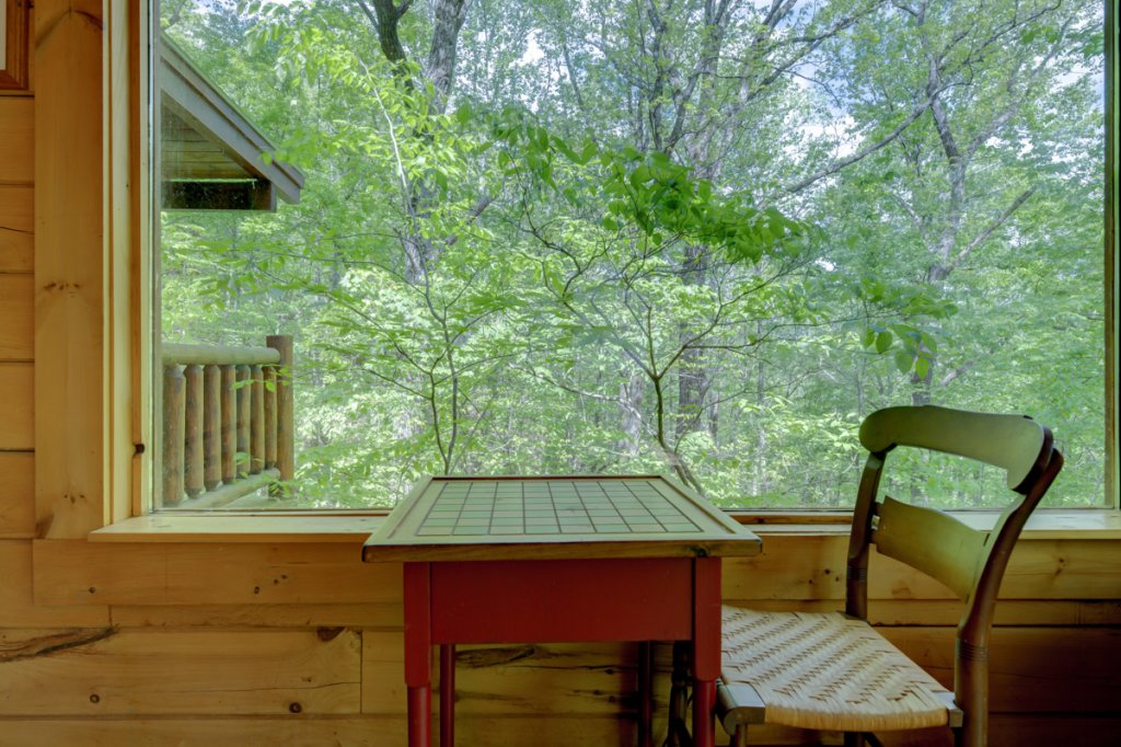 Photo of a Sevierville Cabin named Whispering Pines #33 - This is the nineteenth photo in the set.