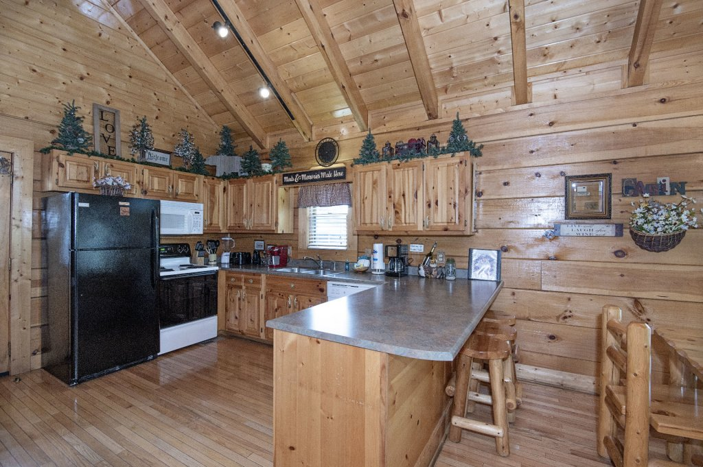 Photo of a Sevierville Cabin named  Eagle's Dream - This is the one hundred and thirty-first photo in the set.