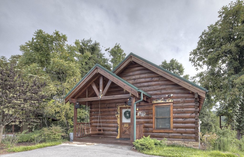 Photo of a Sevierville Cabin named  Eagle's Dream - This is the two hundredth photo in the set.