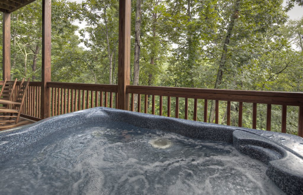 Photo of a Sevierville Cabin named  Eagle's Dream - This is the two hundred and fifty-eighth photo in the set.