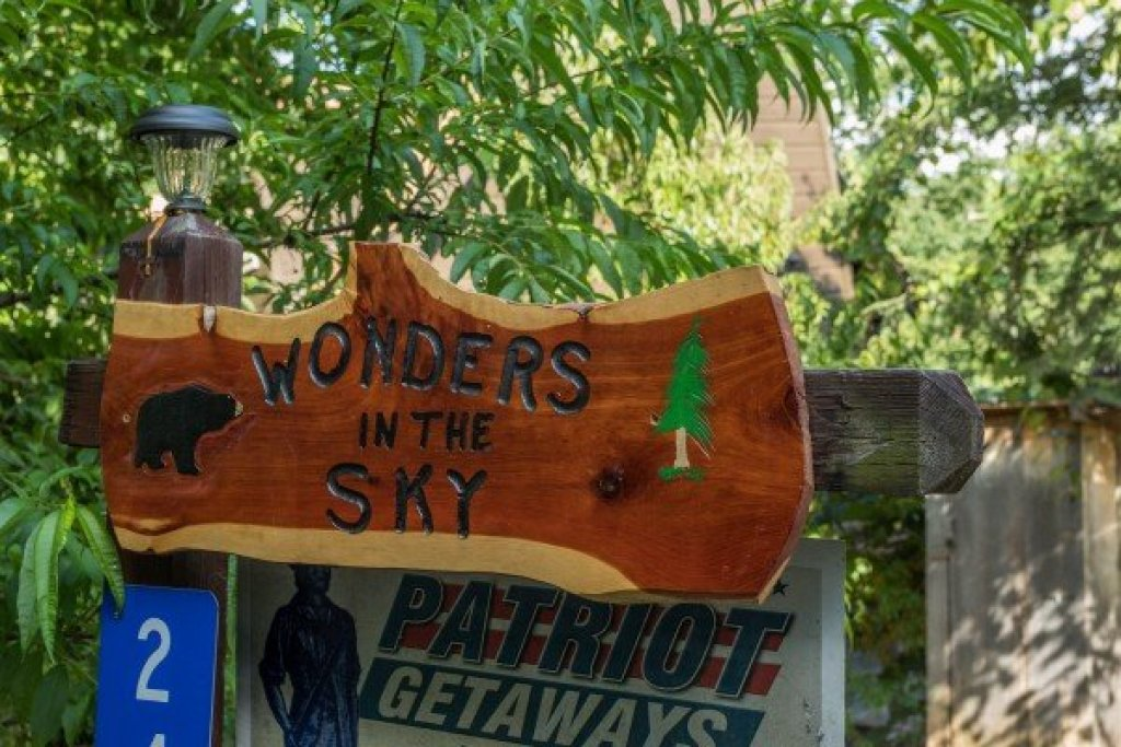 Photo of a Gatlinburg Cabin named Wonders In The Sky - This is the thirty-fourth photo in the set.