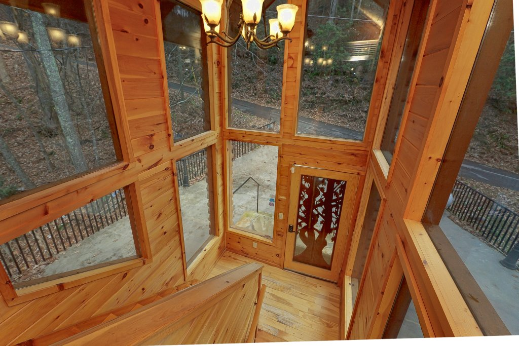 Photo of a Gatlinburg Cabin named Emerald City Lights #203 - This is the thirteenth photo in the set.