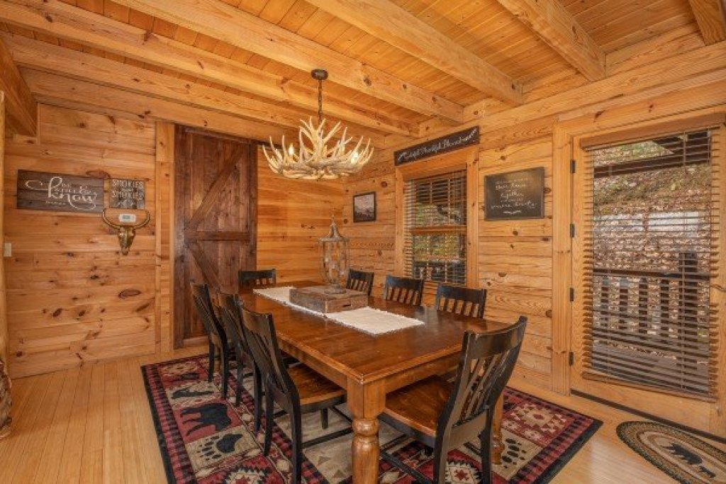 Photo of a Sevierville Cabin named Heavenly Homestead - This is the sixth photo in the set.