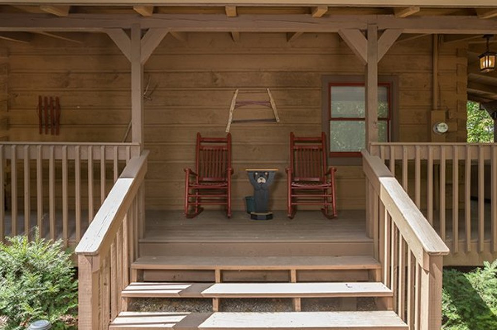 Photo of a Gatlinburg Cabin named Bearfoot Adventure - This is the fourth photo in the set.