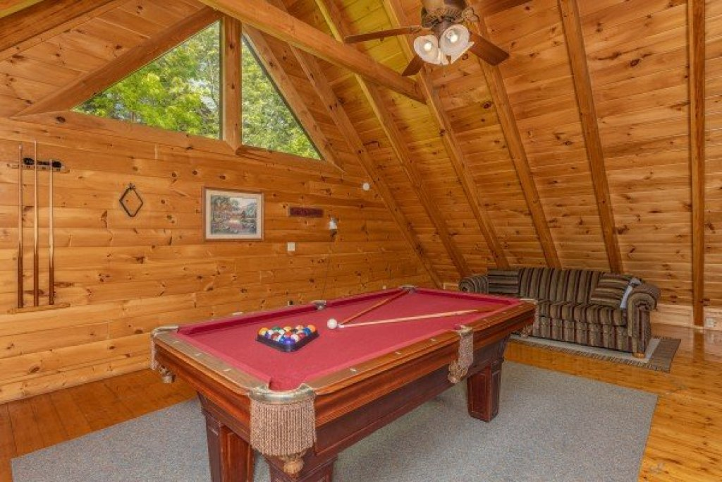 Photo of a Sevierville Cabin named Autumn Blessings - This is the seventeenth photo in the set.