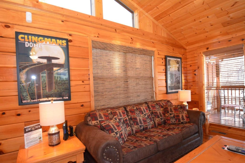Photo of a Pigeon Forge Cabin named Moonlight Magic - This is the eleventh photo in the set.