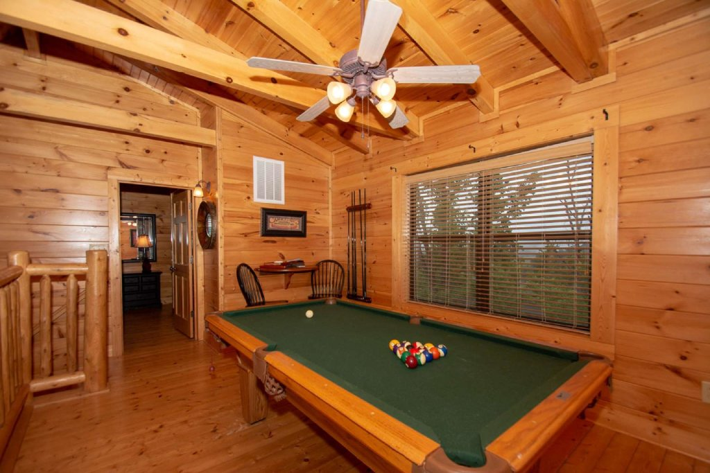 Photo of a Sevierville Cabin named Hideaway Haven - This is the nineteenth photo in the set.