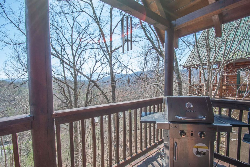 Photo of a Pigeon Forge Cabin named Heaven's Door - This is the ninth photo in the set.