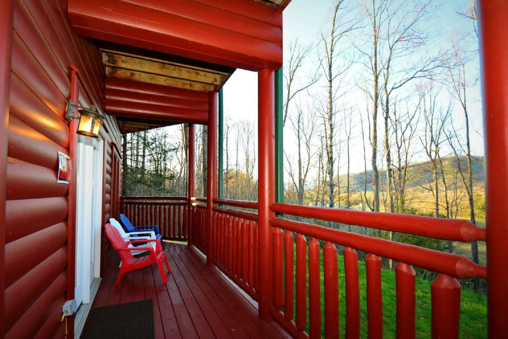 Photo of a Gatlinburg Cabin named Evannely Memories - This is the twenty-fifth photo in the set.