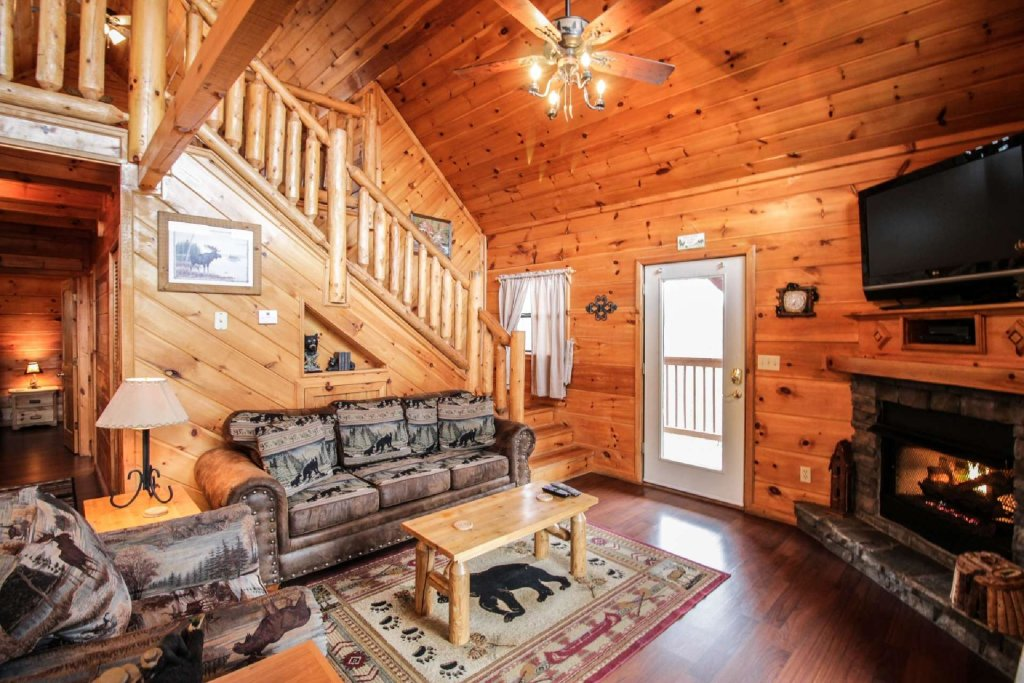 Photo of a Pigeon Forge Cabin named Misty Mountain View - This is the twelfth photo in the set.