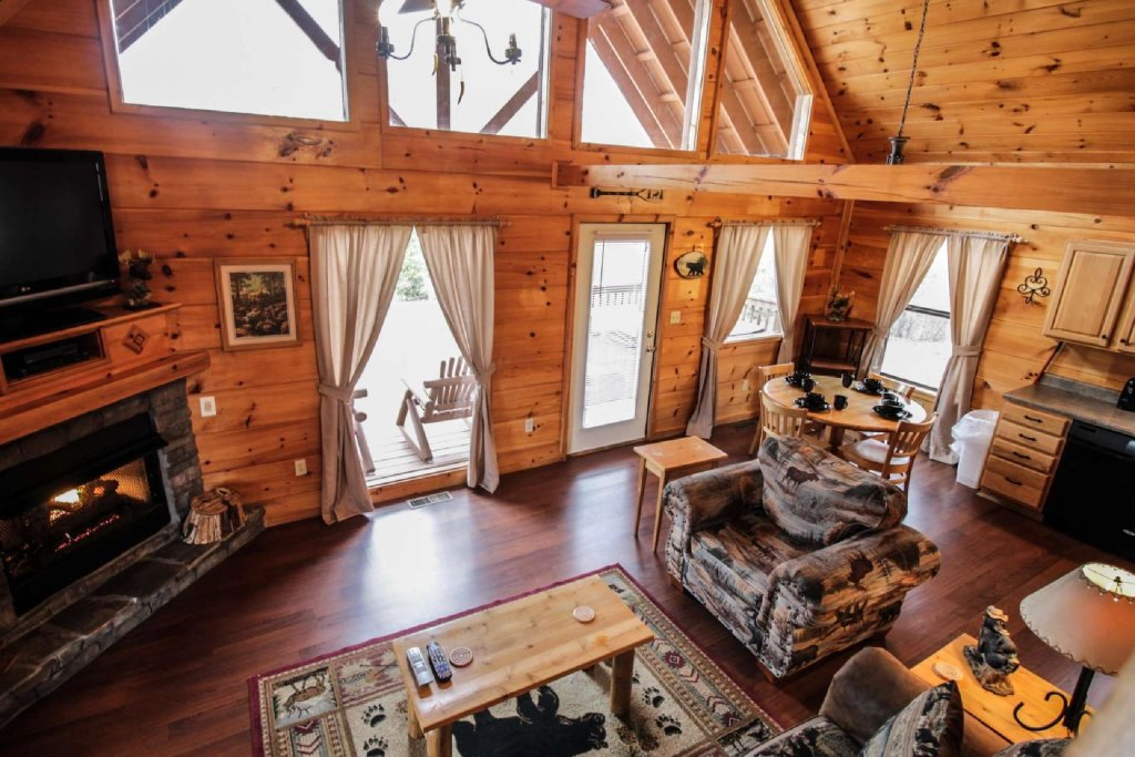 Photo of a Pigeon Forge Cabin named Misty Mountain View - This is the tenth photo in the set.