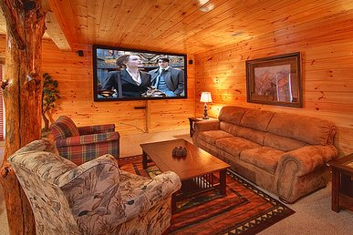 3 Bedroom Luxury Gatlinburg Cabin With 9 Foot Theater Screen