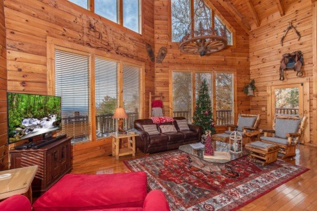 Photo of a Gatlinburg Cabin named The Original American Dream - This is the fifth photo in the set.