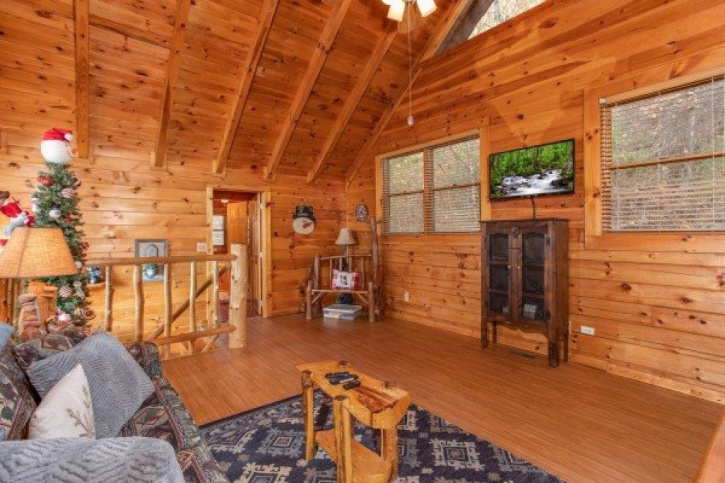 Photo of a Gatlinburg Cabin named The Original American Dream - This is the nineteenth photo in the set.