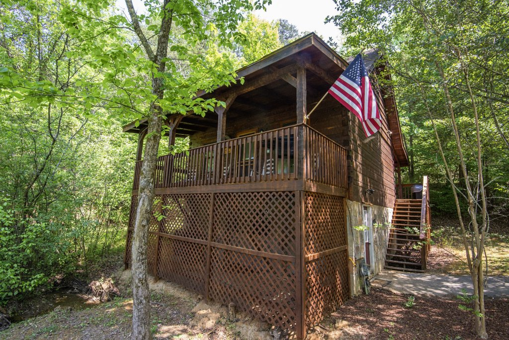 Photo of a Pigeon Forge Condo named  Jalyn's Treehouse - This is the two thousand one hundred and seventy-second photo in the set.