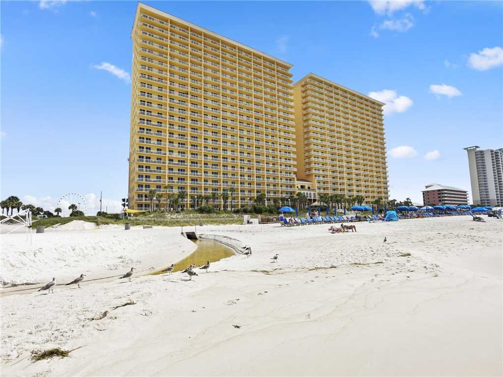 Photo of a Panama City Beach Condo named Calypso 203 East - Tower 1 - This is the thirty-second photo in the set.
