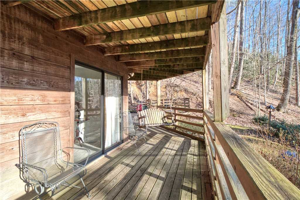 Photo of a Gatlinburg Cabin named Creekside - This is the twenty-fourth photo in the set.
