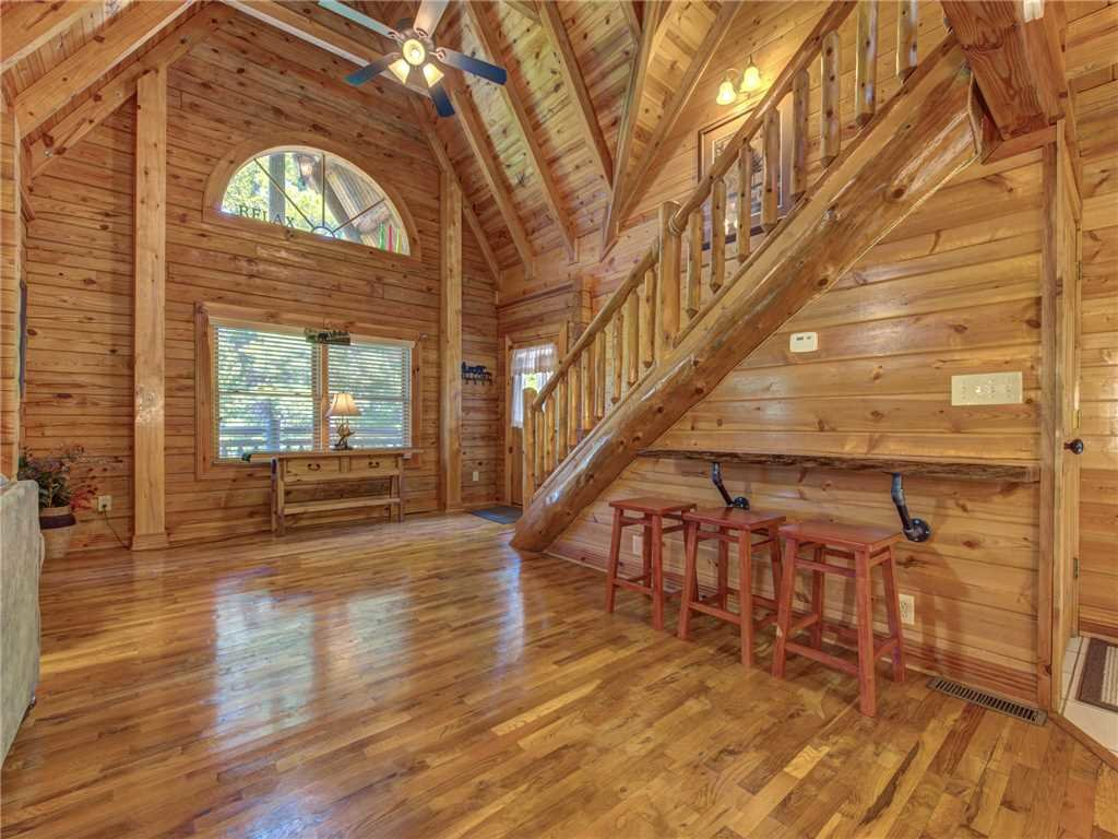 Photo of a Sevierville Cabin named Natures Paradise - This is the fifth photo in the set.