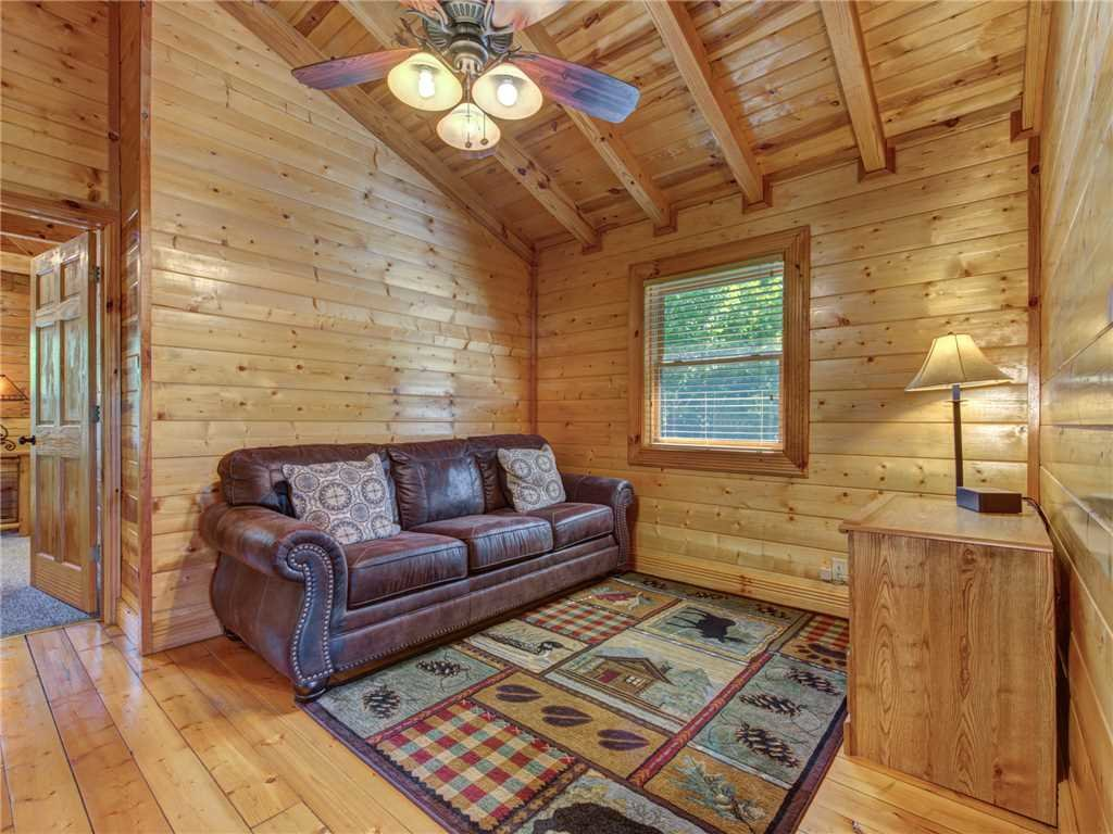 Photo of a Sevierville Cabin named Natures Paradise - This is the eighteenth photo in the set.