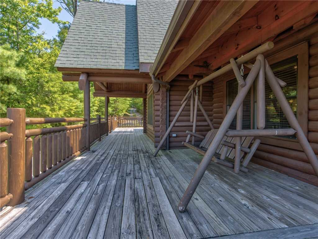 Photo of a Sevierville Cabin named Natures Paradise - This is the twenty-sixth photo in the set.