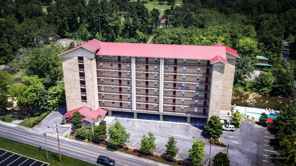 Photo of a Pigeon Forge Condo named Cedar Lodge 201 - This is the twenty-sixth photo in the set.