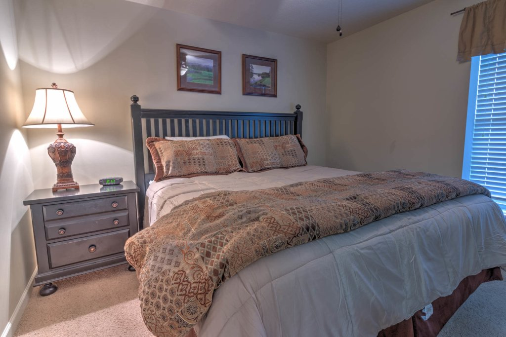 Photo of a Pigeon Forge Condo named Cedar Lodge 702 - This is the twelfth photo in the set.