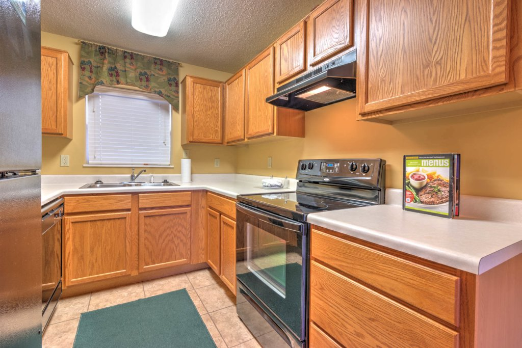 Photo of a Pigeon Forge Condo named Cedar Lodge 702 - This is the second photo in the set.