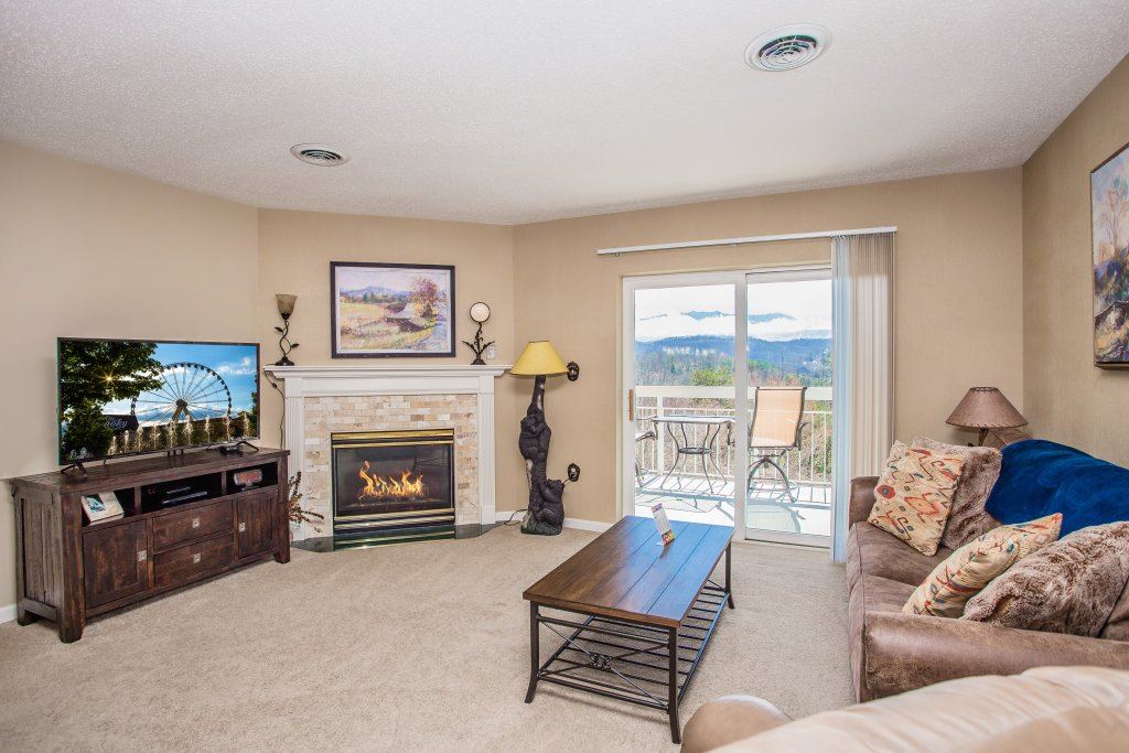 Photo of a Pigeon Forge Condo named Whispering Pines 451 - This is the fourth photo in the set.