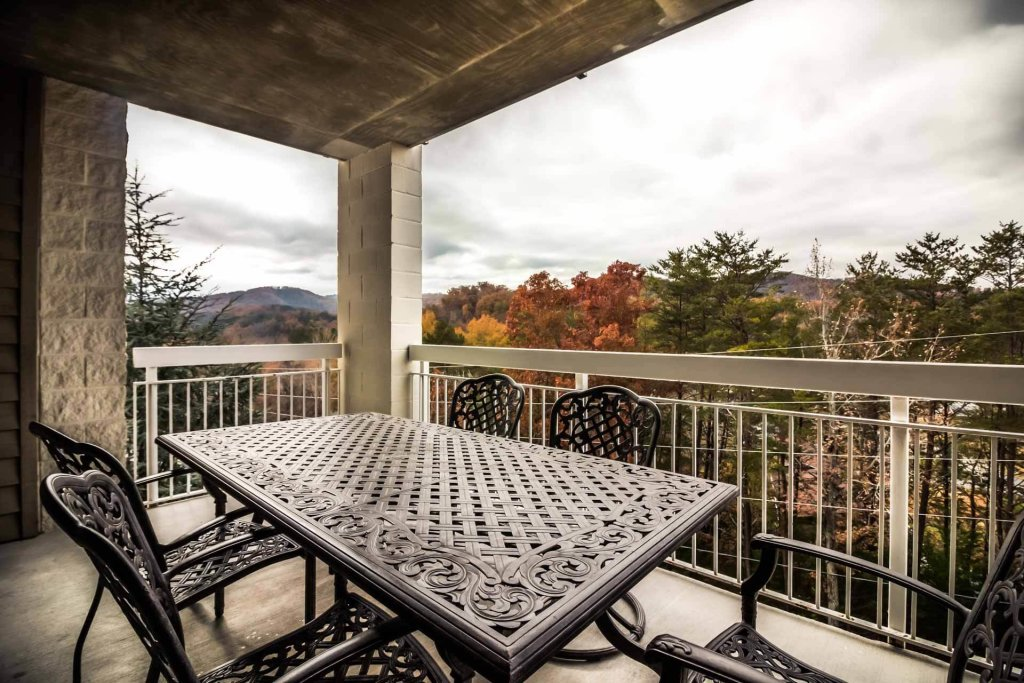 Photo of a Pigeon Forge Condo named Whispering Pines 634 - This is the twenty-second photo in the set.