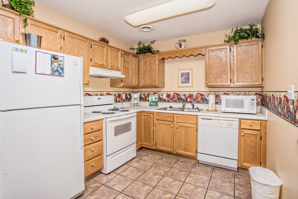 Photo of a Pigeon Forge Condo named Whispering Pines 451 - This is the fifth photo in the set.