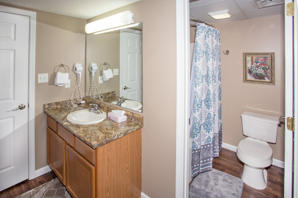 Photo of a Pigeon Forge Condo named Whispering Pines 541 - This is the fourth photo in the set.