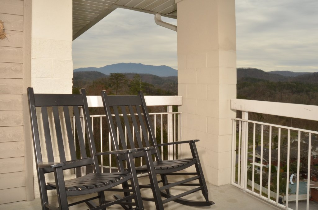 Photo of a Pigeon Forge Condo named Whispering Pines 551 - This is the eighteenth photo in the set.