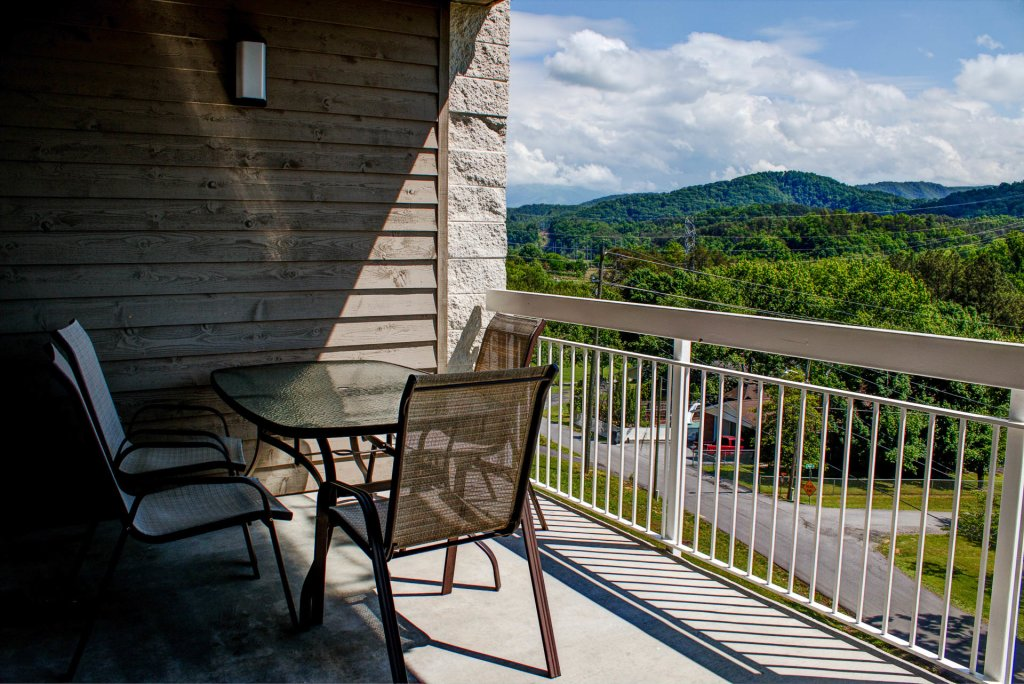 Photo of a Pigeon Forge Condo named Whispering Pines 534 - This is the twenty-fifth photo in the set.