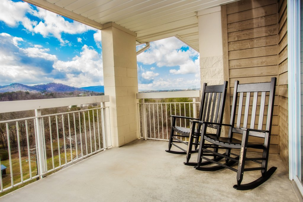 Photo of a Pigeon Forge Condo named Whispering Pines 651 - This is the nineteenth photo in the set.