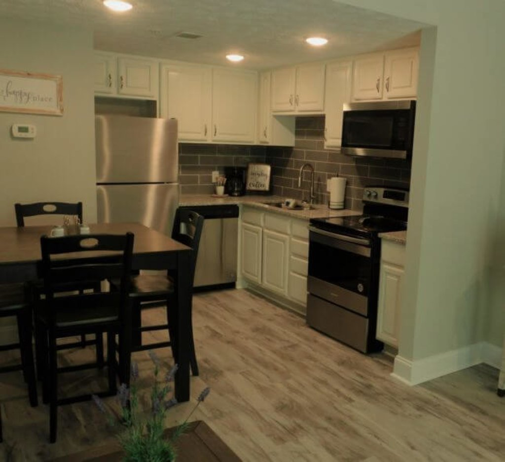 Photo of a Pigeon Forge Condo named 1404 Golf View Towers Smoky Mtn Bearadise - This is the first photo in the set.