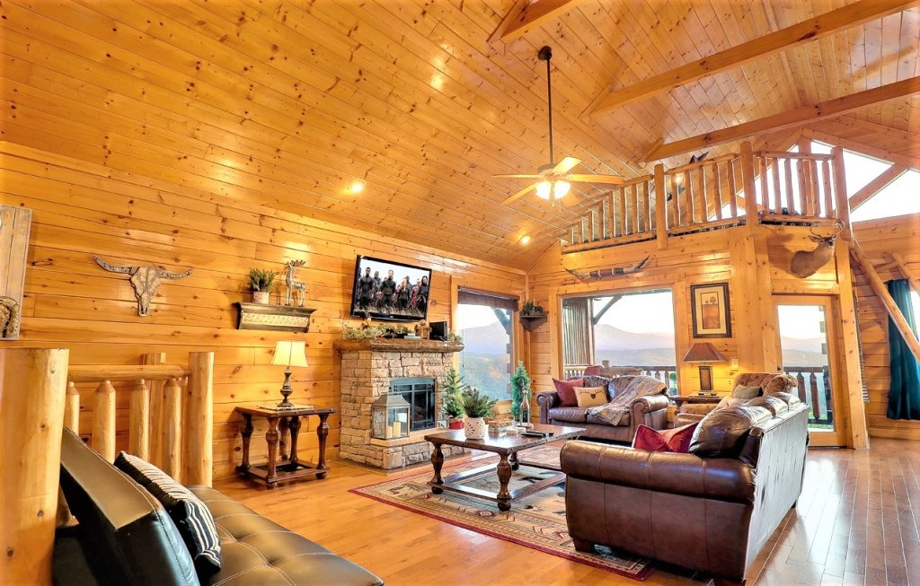 Photo of a Pigeon Forge Cabin named A Natural High - This is the sixth photo in the set.