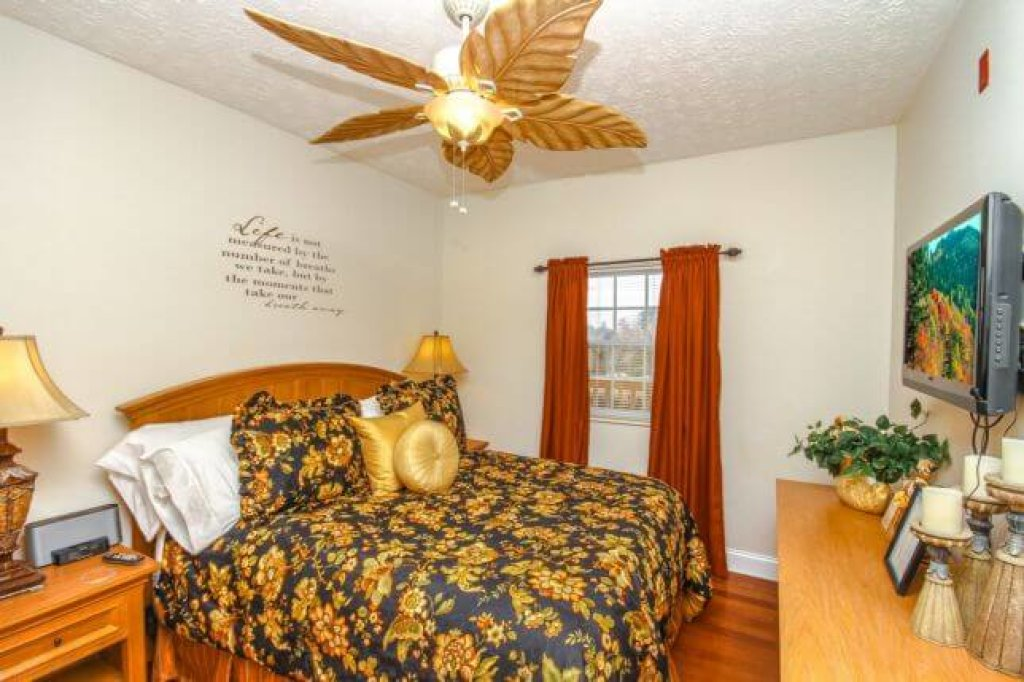 Photo of a Pigeon Forge Condo named 1501 Golf View Towers Southern Comfort - This is the twelfth photo in the set.