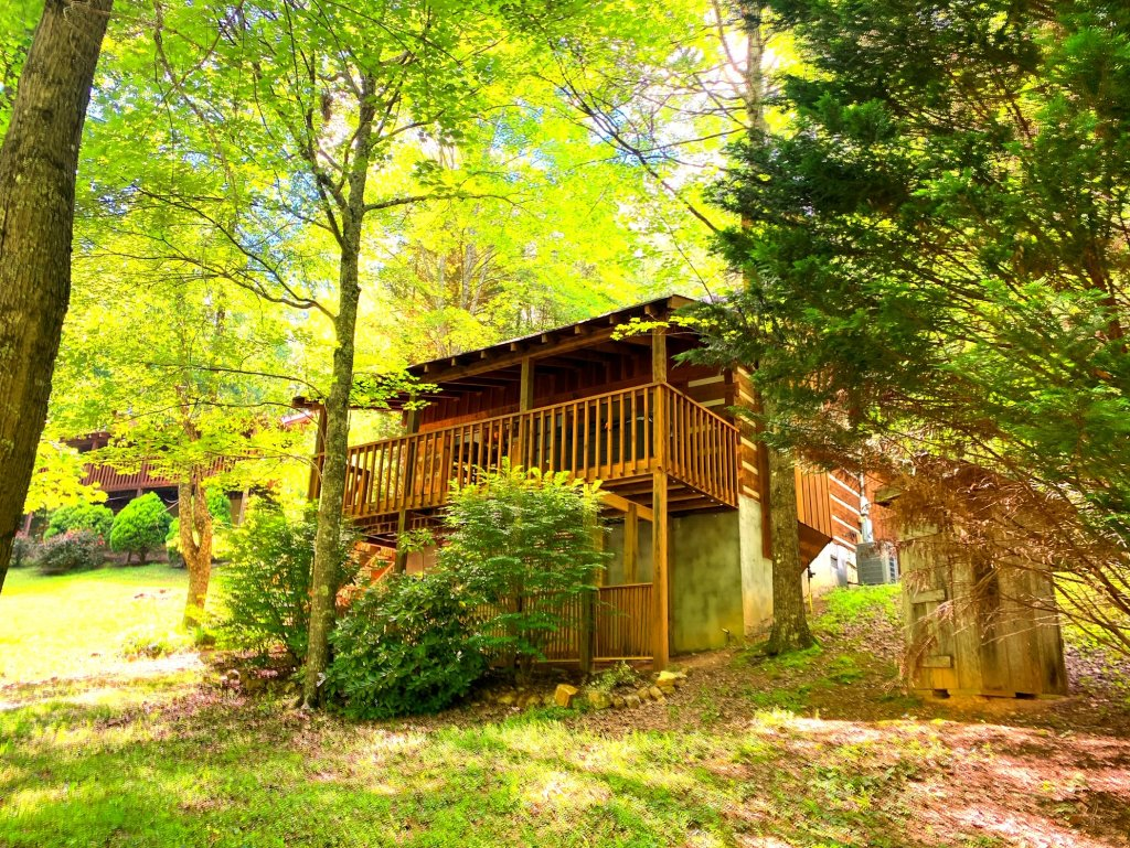 Photo of a Sevierville Cabin named Daze Off #106 - This is the fifth photo in the set.