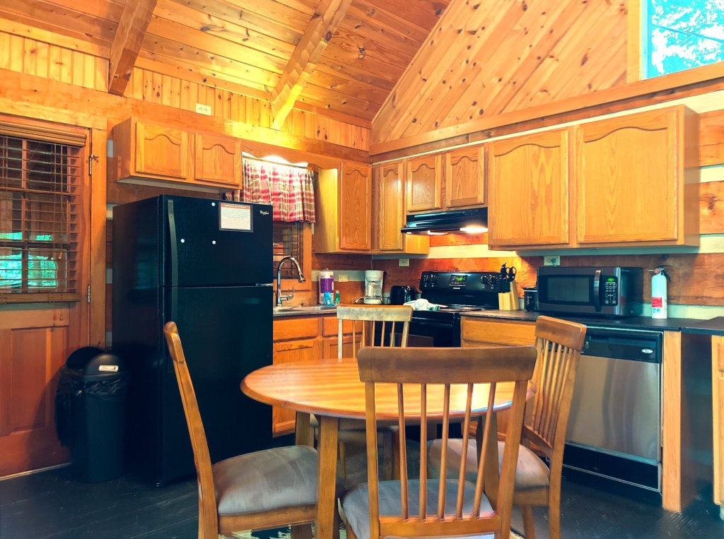 Photo of a Sevierville Cabin named Daze Off #106 - This is the eighth photo in the set.