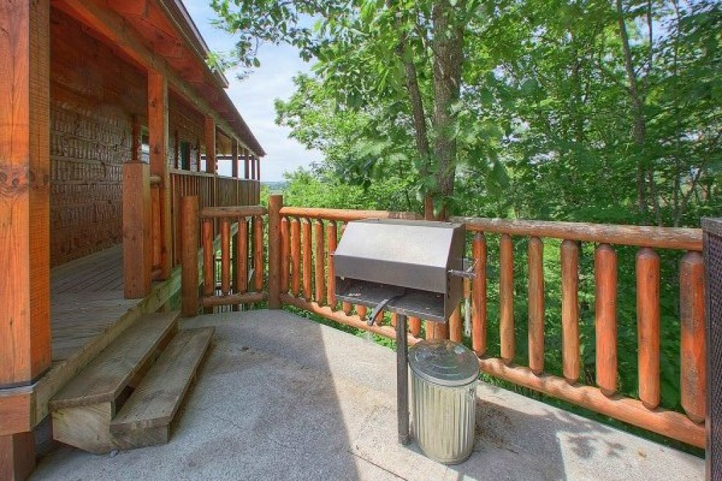 Photo of a Pigeon Forge Cabin named Pigeon Forge View - This is the eighth photo in the set.