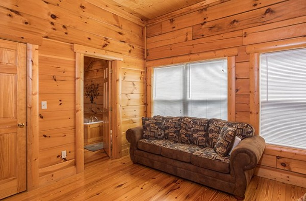 Photo of a Pigeon Forge Cabin named Pigeon Forge View - This is the twenty-first photo in the set.