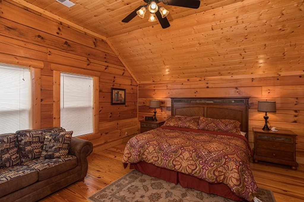 Photo of a Pigeon Forge Cabin named Pigeon Forge View - This is the nineteenth photo in the set.