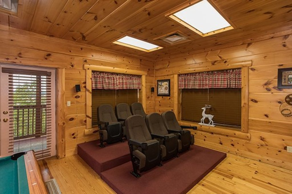 Photo of a Pigeon Forge Cabin named Pigeon Forge View - This is the twenty-seventh photo in the set.