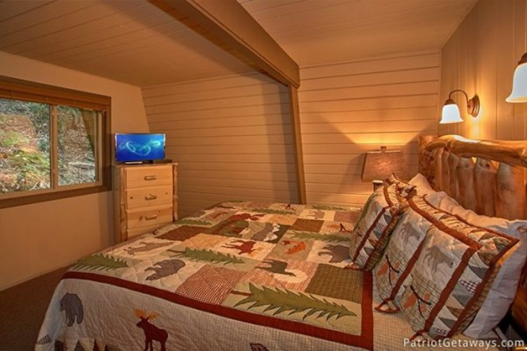 Photo of a Gatlinburg Cabin named Gatlinburg Lodge - This is the fifteenth photo in the set.