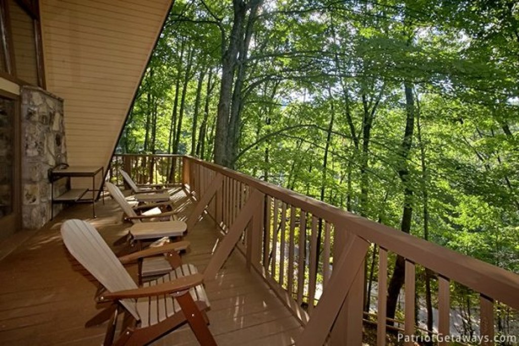 Photo of a Gatlinburg Cabin named Gatlinburg Lodge - This is the eighteenth photo in the set.