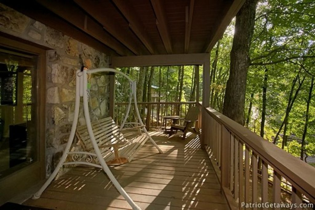 Photo of a Gatlinburg Cabin named Gatlinburg Lodge - This is the nineteenth photo in the set.