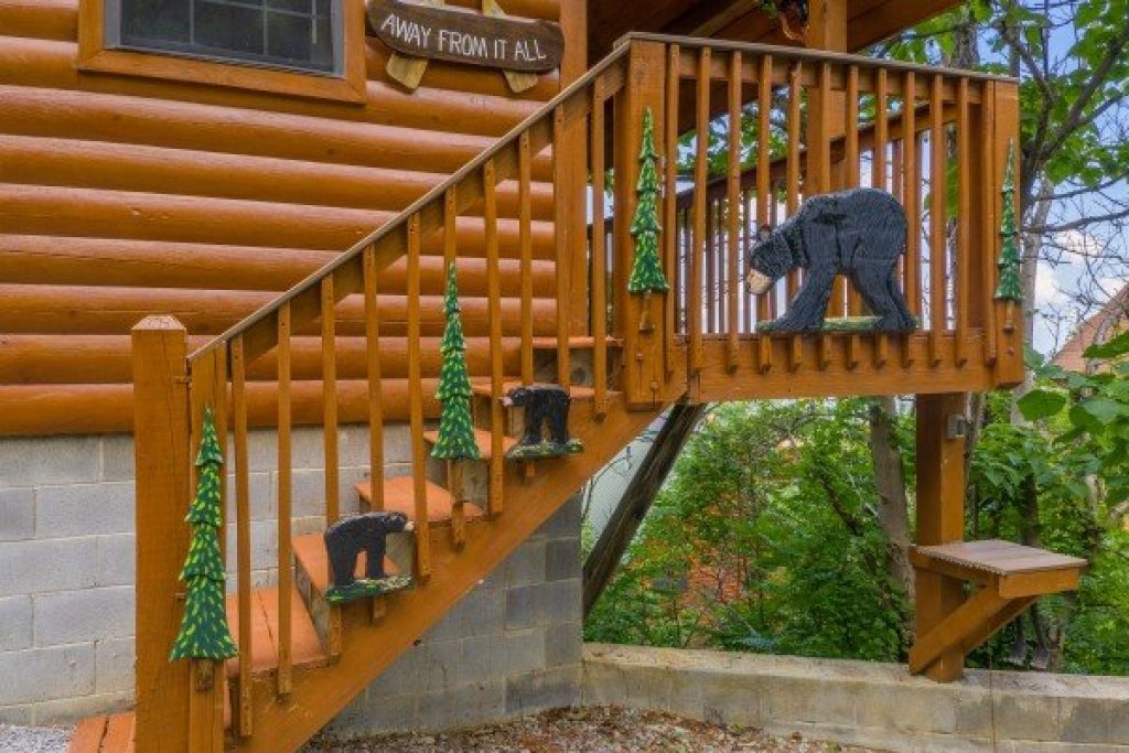 Photo of a Pigeon Forge Cabin named Away From It All - This is the third photo in the set.