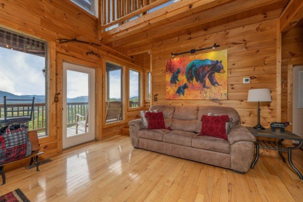 Photo of a Sevierville Cabin named 1 Awesome View - This is the sixth photo in the set.