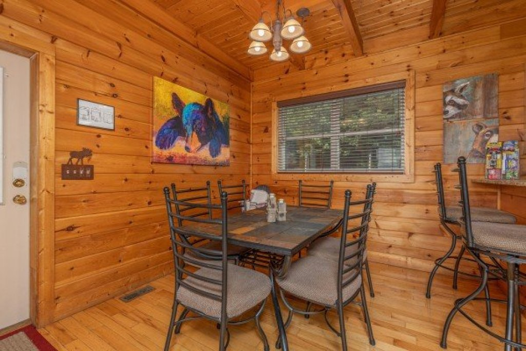Photo of a Sevierville Cabin named 1 Awesome View - This is the seventh photo in the set.