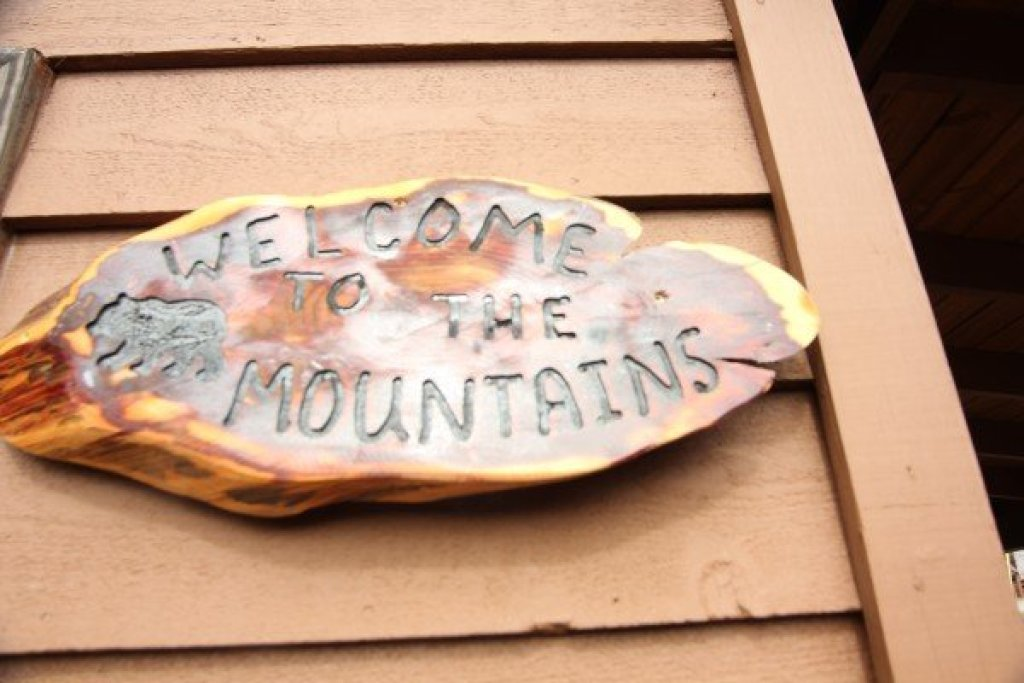 Photo of a Pigeon Forge Cabin named Bearing Views - This is the forty-seventh photo in the set.